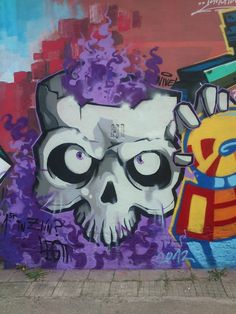 Skull in Zlín by Marek Šidlovský, via Behance Graffiti Characters, Graffiti Styles, Skull And Bones, Skull Art, Dark Side, Skulls, Creepy, Brain, Street Art