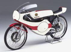 Yamaha RF302
