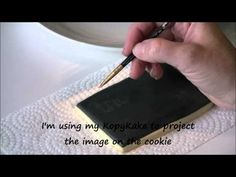 How to Make Chalkboard Cookies by Emma's Sweets Royal Frosting, Royal Icing Cookies, Cupcake Cookies, Sugar Cookies, Cookie Decorating Icing, Cookie Decorating Supplies, Decorating Ideas, Bolo Chalkboard, Make A Chalkboard