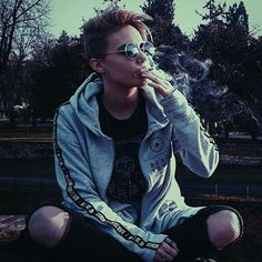 Androgynous Fashion Tomboy, Butch Fashion, Tomboy Girl, Short Black Hairstyles, Andy Biersack, Ruby Rose, Queen, Girl Model, Types Of Fashion Styles