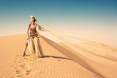 Evgenia Molodzon: desert & fashion