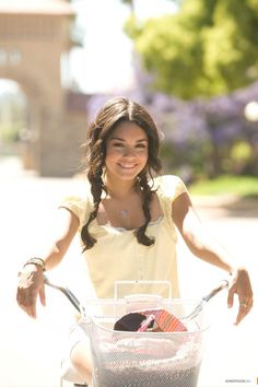 Vanessa Hudgens media gallery on Coolspotters. See photos, videos, and links of Vanessa Hudgens. Troy Bolton, Gabriela Montez, Zac Efron And Vanessa, Isabelle Drummond, High School Musical 3, Gabriella High School Musical, Old Disney Channel, Evans, Vanessa Hudgens Style