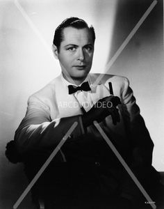 nice 8x10 photo portrait Robert Montgomery stunningly shot with cigar 682-26