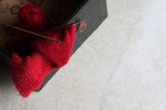 Dont you just want to knit with RED?