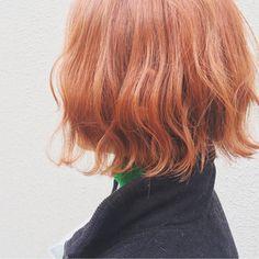 イッシキ ケンタさんのスナップ #ボブ #ハイトーン #ストリート #ヘアカラー #ダブルカラー #波ウェーブ #オレンジベージュ Short Red Hair, Short Hair Styles, Cut My Hair, Dream Hair, Ginger Hair, Hair Looks, Wigs, Hair Makeup, Hair Color