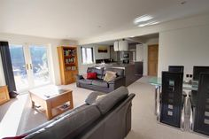 Superb living space at this Waterlooville, 4 Bedroom Property