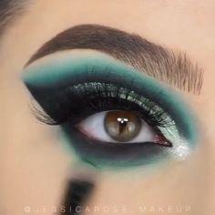 makeup for women: Women's Fashion Eye Makeup Steps, Makeup Eye Looks, Eye Makeup Art, Smokey Eye Makeup, Eyeshadow Makeup, Blue Eyeshadow Looks, Winged Eyeliner, Glitter Eyeshadow, Makeup Eyes