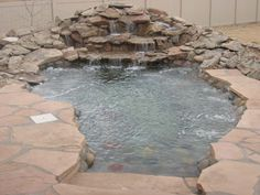 Now this here is a HOT TUB -If only Kenny would let me fill in his Koi pond...