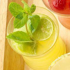 """Key Lime Lemonade This looks incredible! 10 Awesome Lemonade Ideas!"" #spring #recipe #lemon"