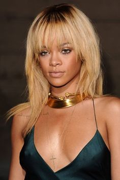 Rihanna Is Face Of Barbados - Tourism Ambassador (Vogue.com UK)     ... Flying The Flag - RIHANNA has signed a three-year deal to become the face of Barbados. The singer will act as an official ambassador for her native country in an attempt to boost tourism.    #Rihanna #Barbados #Tourism