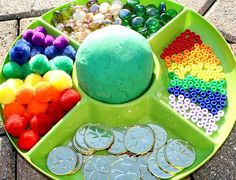 Invite kids to create St. Patrick& Day play dough creations with rainbows and gold. Color Activities, Craft Activities, Preschool Activities, Preschool Weather, Elderly Activities, Dementia Activities, Halloween Activities, Preschool Classroom, Daily Activities