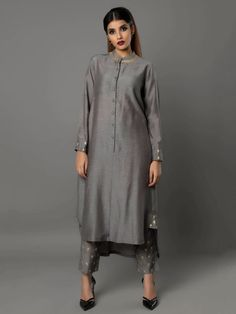 Grey Bamberg Linen Tunic with Pants - Set of 2 By Ritu Jain Singh Pakistani Outfits, Indian Outfits, Kurta Designs, Blouse Designs, Suits For Women, Clothes For Women, Mode Hijab, India Fashion, Indian Designer Wear