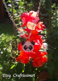 I made this cute panda charm :D I hope you like it as much as i do ^^    Panda/Kette/Anhänger/Weiß/Schwarz/Delica/Handmade/Handgemacht/Unikat/Modern/Geschenk/Present/Gift/Gift for women/Kawai/Cute/Bead/Beading