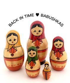 Vintage Nesting Dolls from Yoscar Ola Mari by BackInTimeBabushkas