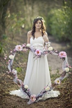 A large Willow Heart for a Romantic Woodland theme wedding.