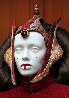 Queen Amidala.    Screen used Queen Amidala (Throne Room Gown) on display at Skywalker Ranch