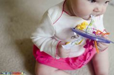 Tugging Lid for Baby Playtime