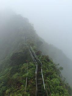 how to hike the haiku stairs