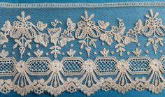 This is a good length of beautiful, fine, century Brussels applique lace border. It measures 109 ins x ins. Antique Lace, Vintage Lace, Types Of Lace, Textiles, Lace Border, Lost Art, Lace Making, Bobbin Lace, Doilies