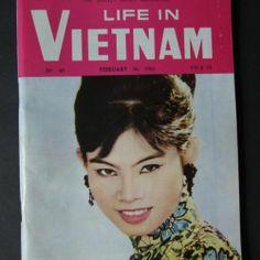 1966 LIFE in VIETNAM Vintage MAGAZINE Advertising SAIGON MAP Weekly MILITARY Ads