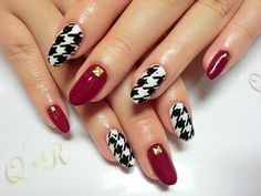 Japanese nail Trends; Hound's-tooth check  via:QR