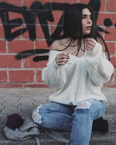 Discover recipes, home ideas, style inspiration and other ideas to try. Sweater Weather Outfits, Winter Outfits, Casual Outfits, Cute Outfits, Fashion Show, Fashion Outfits, Womens Fashion, Moda Ulzzang, High Fashion Trends