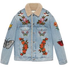Gucci Embroidered Denim Jacket With Shearling (5 080 AUD) ❤ liked on Polyvore featuring men's fashion, men's clothing, men's outerwear, men's jackets, outerwear, denim, men, ready to wear, mens jean jackets and mens vintage jackets