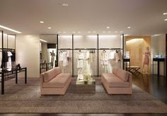 Chanel store by Peter Marino in Paris; via retaildesignblog....... This guy Peter Marino is the same name of one of the characters in my Patricia Cornwell books!! Funny!!
