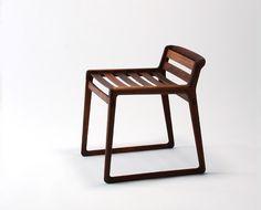 wockawock:  (via Miyazaki Chair Workshop, Japan | OEN)