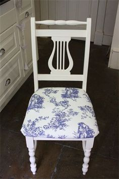 Love refinished chairs