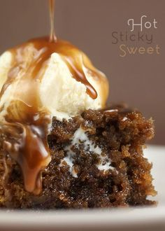 Sticky Toffee Pudding from @Bakerella