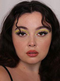 Bold Makeup Looks, Creative Makeup Looks, Pretty Makeup, Makeup Trends, Makeup Inspo, Makeup Inspiration, Eye Makeup Art, Beauty Makeup, Hair Makeup