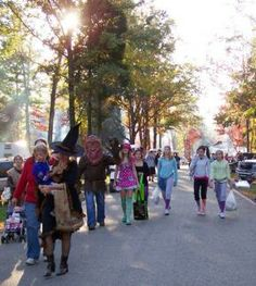 Celebrate Fall with Pre-Halloween Themed Weekends, Festivals and Oktoberfest Events | GoCampingAmerica.com