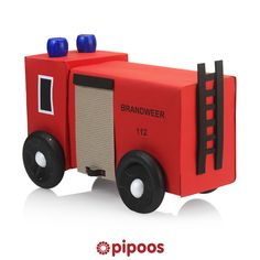 Sinterklaas surprise voor 5 december. Maak deze brandweer voor stoere mannen. Junk Art, Fire Engine, Childcare, Hanger, Engineering, About Me Blog, Kids, Crafts, Dyi
