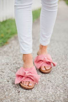 gucci marmont matelasse crossbody bag, travel style, pink, spring style, white denim, gucci, designer handbag, nordstrom,