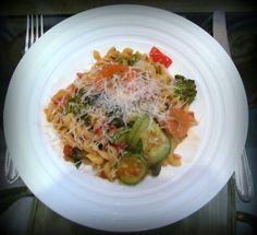 Pasta com vegetais: www.confrariadacasserole.blogspot.com.br