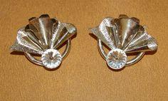Vintage Silver Tone Flower Fan Earrings with by bettysworld4u