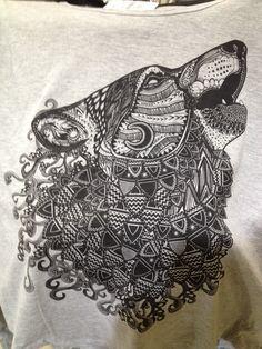 Wolf zentangle on a t shirt