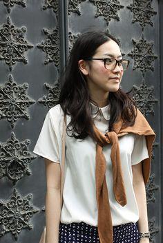 Akina was spotted in Harajuku wearing the #AmericanApparel Silky Collar Tee in Creme.  #Harajuku #Tokyo