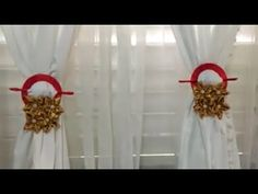 Como hacer sujetadores de cortinas.Elizabeth fenix - YouTube Curtains, Quilts, Crochet, Christmas, Youtube, Home Decor, Craft, Christmas Crafts, Xmas