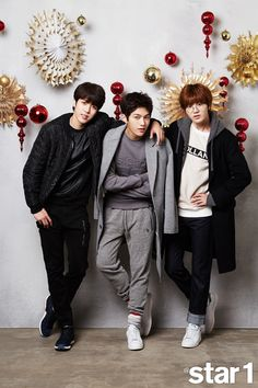 L and Sungyeol Spread the Cheer with Holiday Themed Star1 Spread | A Koala's Playground