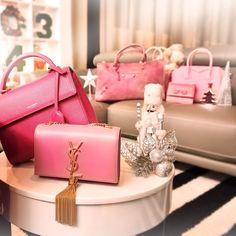 REEBONZ XMAS SPECIAL ------------------------------------------------- So what did you unveil inside your Reebonz box? Like if you got a pink bag like any of these.  xxBecs  #ReebonzSG #ReebonzXmas #Xmas #UnveilTheSurprise #YSL #SaintLaurent #Balenciaga #Ferragamo #Givenchy #Pink