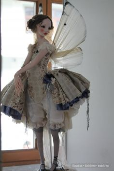 art doll by Alisa Filippova - love this little over skirt and pantaloons.