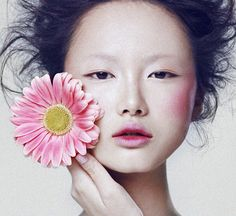 Samantha Xu Xiaoting for Elle Vietnam Beauty February 2012 photographed by Xi Sinsong