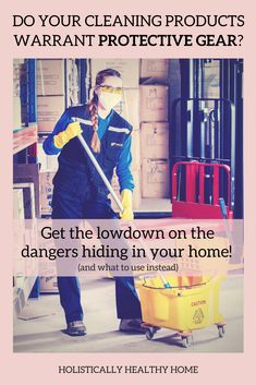 Learn About the Dangers Lurking in Common Cleaning Products Diy Bathroom Cleaner, Diy Floor Cleaner, Mirror Cleaner, Eco Friendly Cleaning Products, Homemade Cleaning Products, Natural Cleaning Products, Cleaning With Peroxide, Detox To Lose Weight, Essential Oils Cleaning