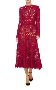 """This dress by Oscar de la Renta is crocheted in a romantic red with carefully placed eyelets for added appeal. Model measurements: height 5'9.5""""/176cm - bust 32""""/81cm - waist 23.5""""/60cm - hip 34""""/86cm She is wearing sample size S This style fits true to size."""