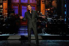 Seth MacFarlane hosting SNL.