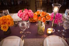 clusters of single types of florals makes for a really big impact  Photography by joeelariophotography.com, Design   Planning by lauraremmertevents.com, Planning by katieoevents.com, Floral   Event Design by fleurtaciousdesigns.com