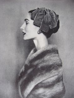 Photo by Cecil Beaton for Vogue, November 1954.