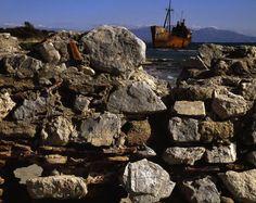 GYTHIA, Greece—2006. © Stuart Franklin / Magnum Photos Stuart Franklin, Santorini Island, Time Magazine, Magnum Photos, Britain, Tank Man, Paris, Beautiful, Montmartre Paris